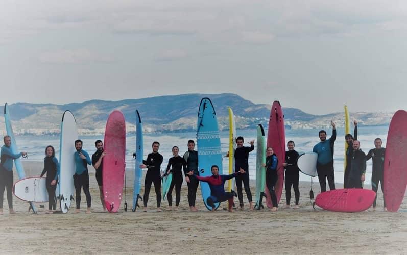 En Surfers castellón ofrecen jornadas de actividades acuáticas con todo incluido para que disfrutes de una experiencia inolvidable.